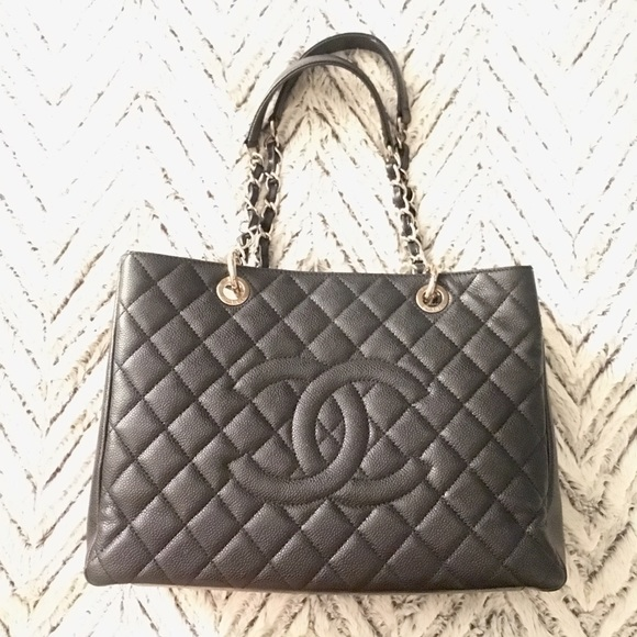 CHANEL Handbags - CHANEL Large Tote Bag